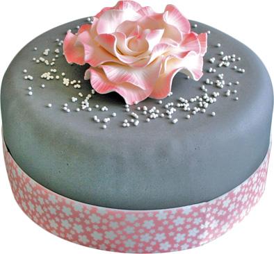 un gâteau fleuri en pâte à sucre | cerfdellier le blog