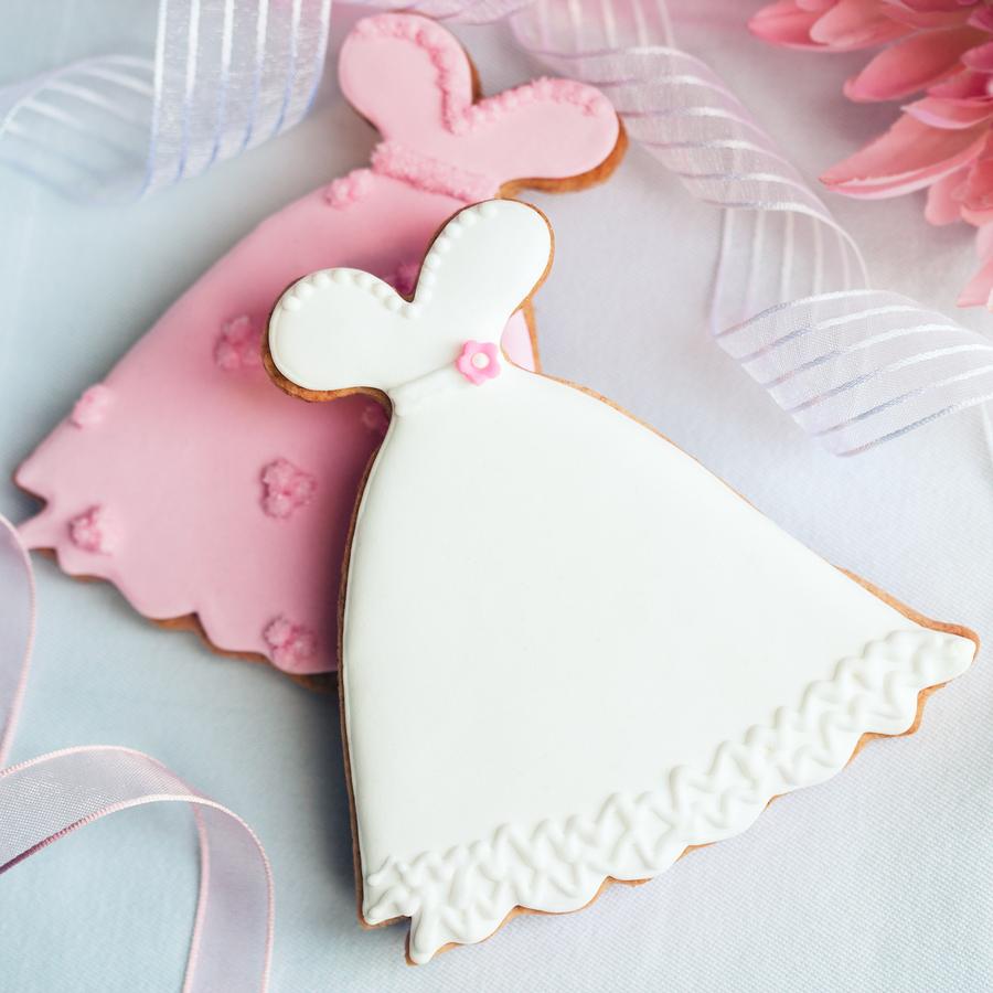 décorer un biscuit en glace royale