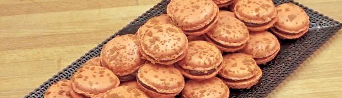 bandeau-macarons-chocolat-gianduja