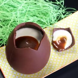 Oeuf de Pâques en chocolat géant