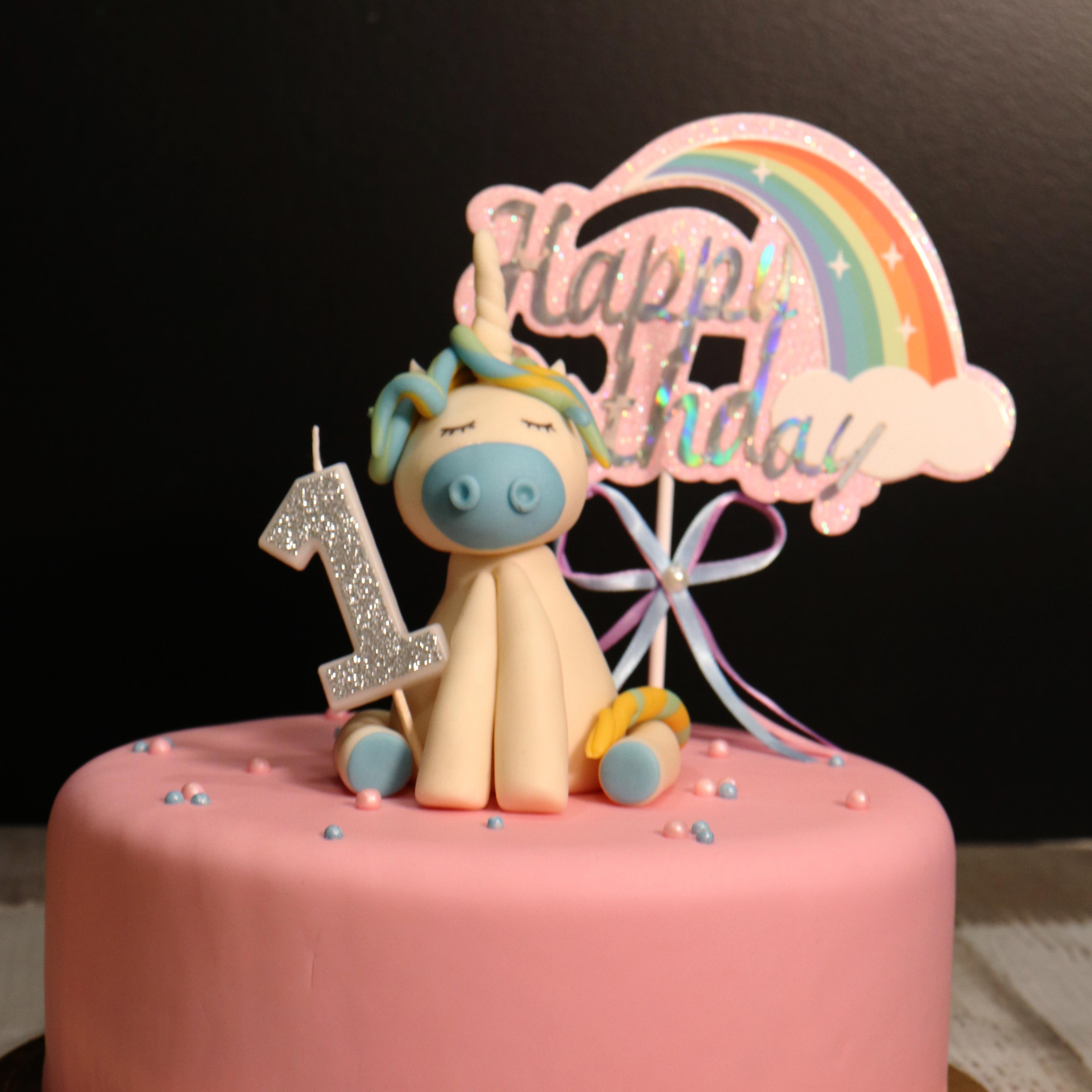 Cake Design : Modelage Licorne en pâte à sucre