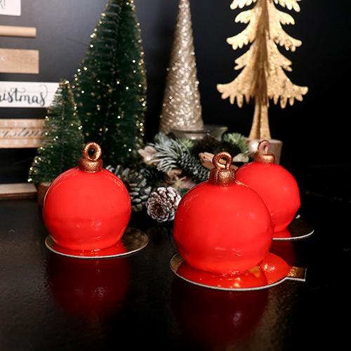 Entremets individuels boule de Noël
