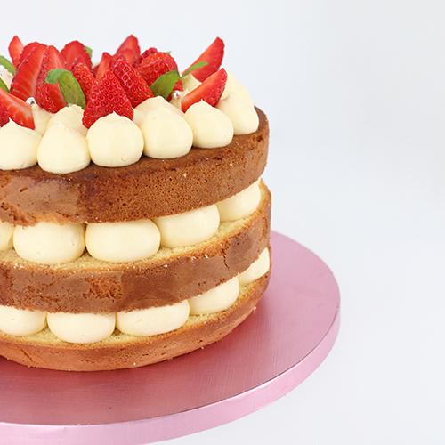 Layer cake fraisier facile